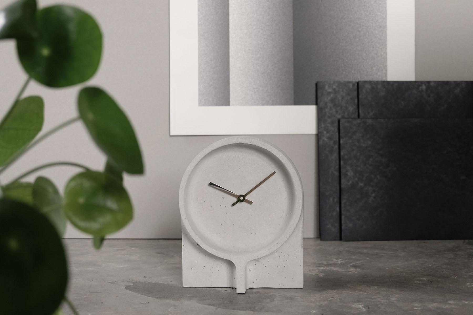 Iratzoki-lizaso-design-2018-clock