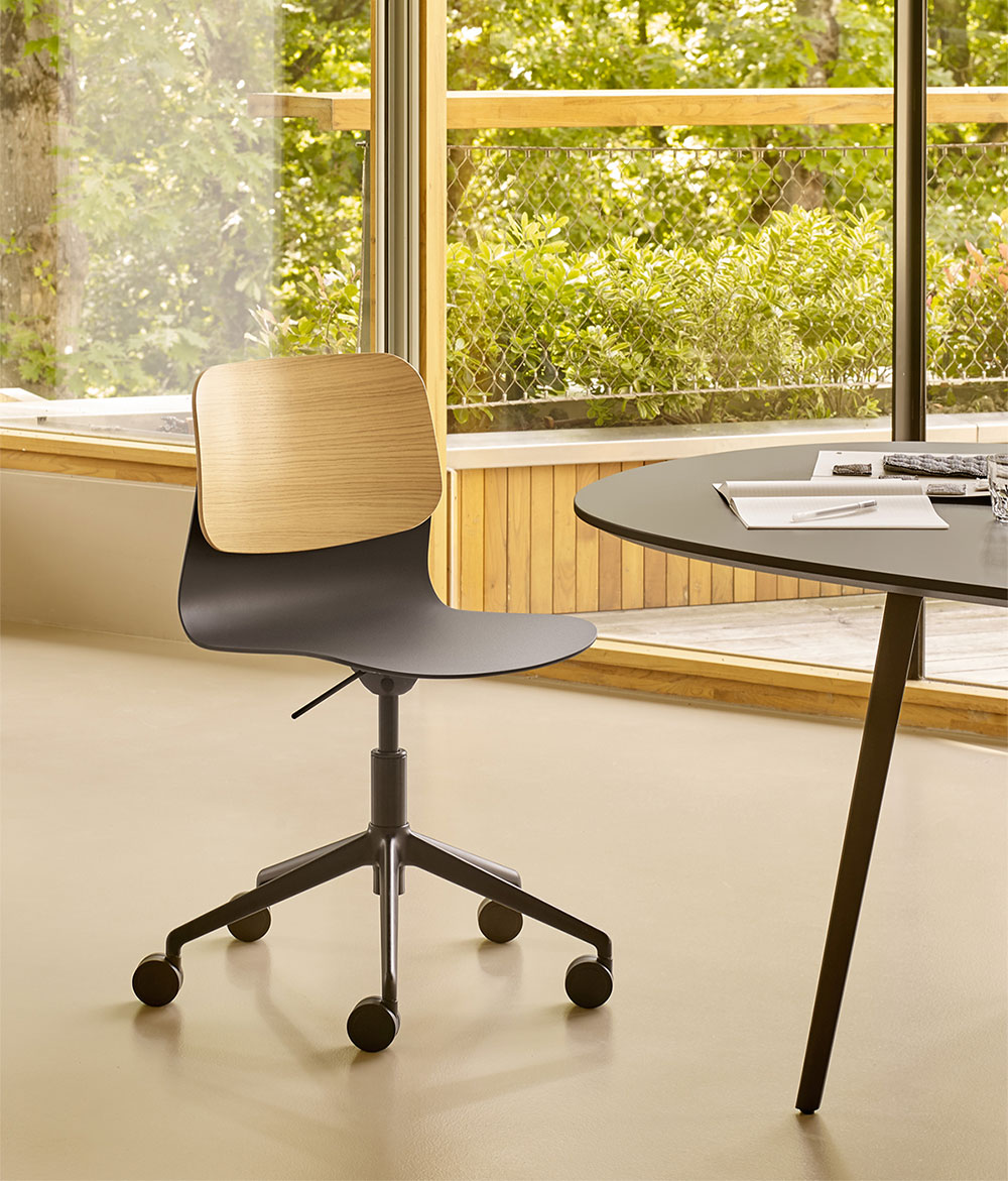 Iratzoki-lizaso-design-klik-task-chair