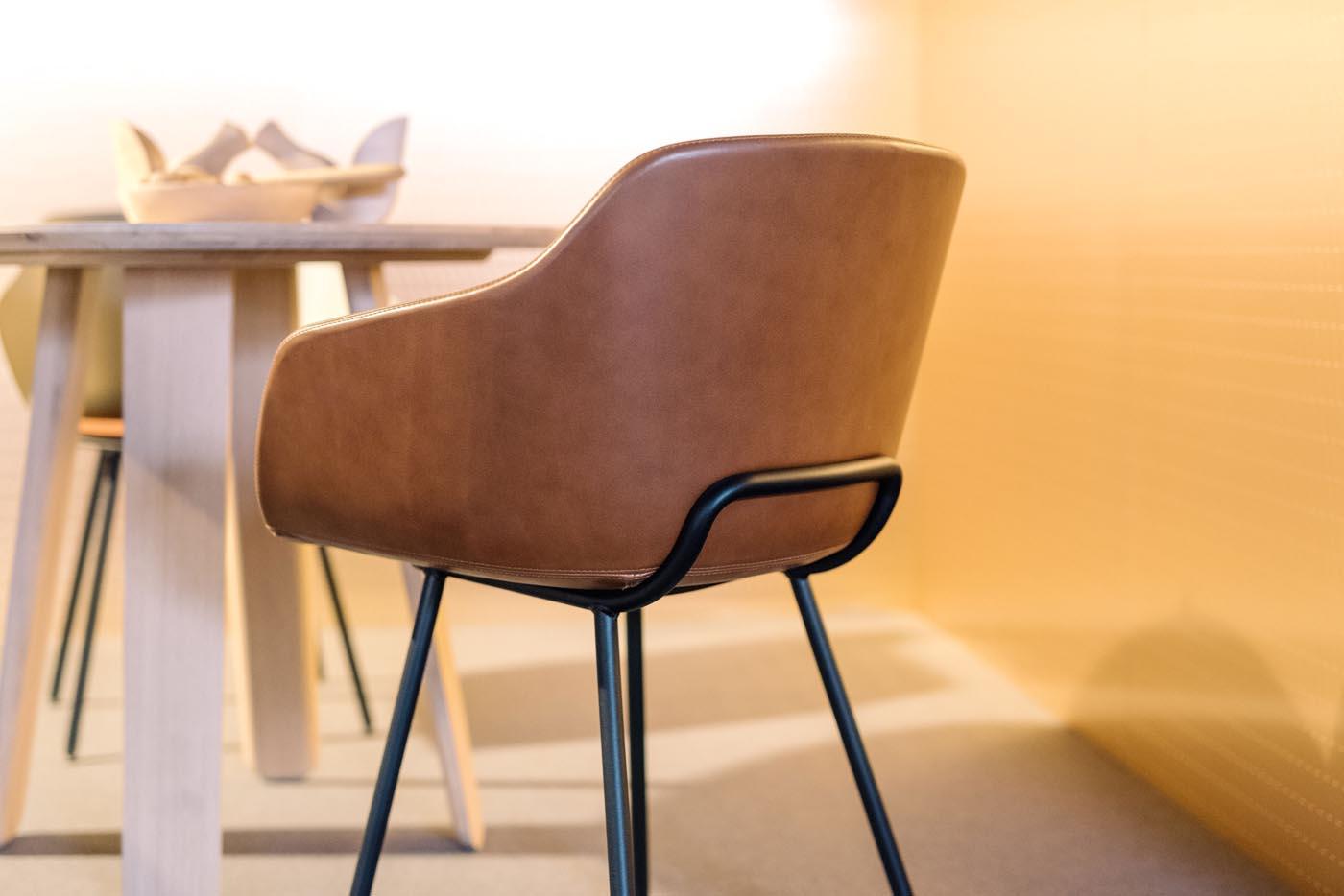 Iratzoki Lizaso Ober Surface Alki Furniture