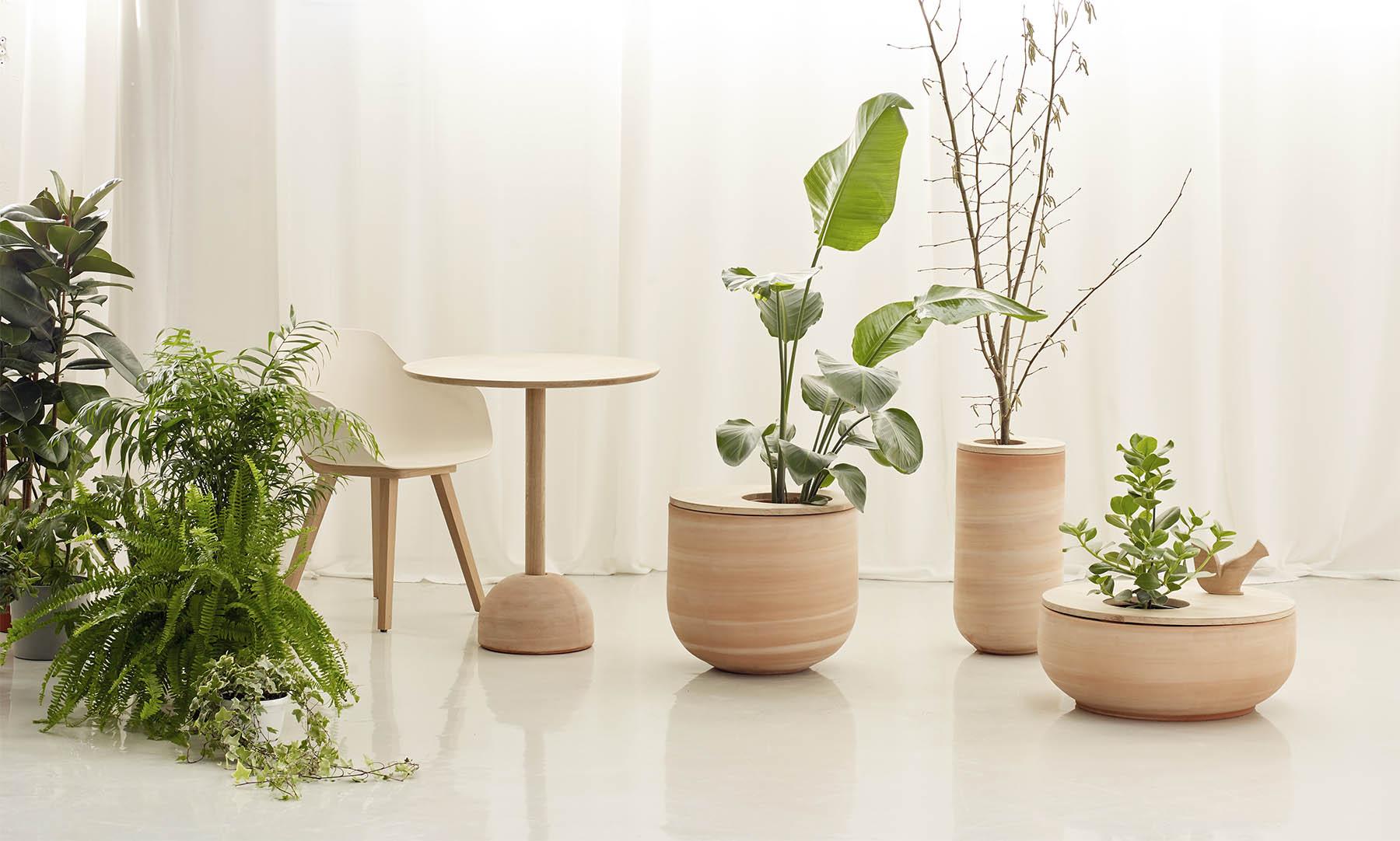 Lur Collection Designed by Iratzoki & Lizaso in oak and terracota